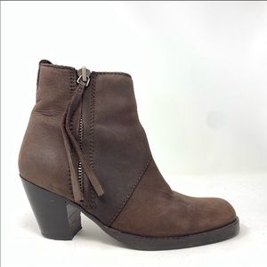 Acne Pistol Ankle boots size 38